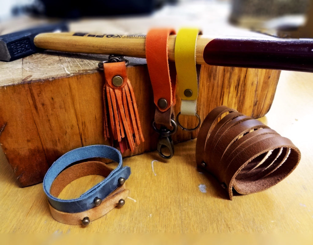 Leather accessories workshop with Maarja Sööt